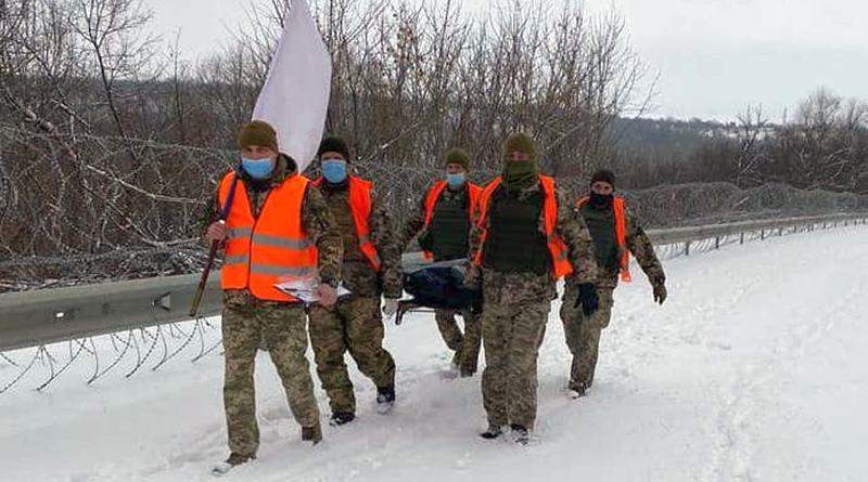 Між українцями та війною опустилася інформаційна завіса фейків (фото, документ)