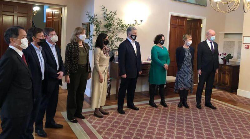 Петро Порошенко зустрівся з послами G7 та ЄС